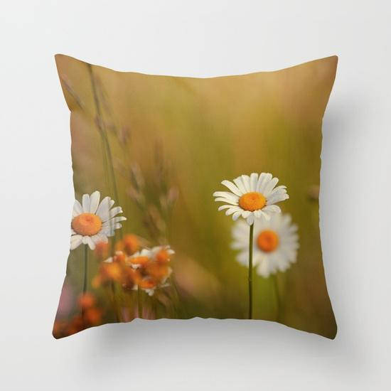 Flower Photography Pillow Cover, White Home Decor, Daisy Photograph, Nature  Art, Decorative Throw Pillow Cover, Spring Decor, Daisy Art